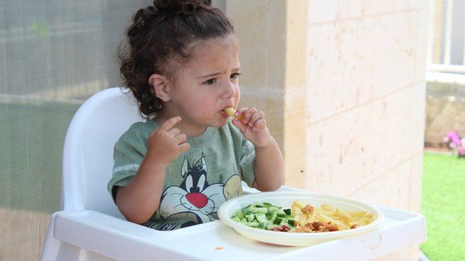 Ernährungsplan Baby: Babykost ab dem 12. Monat