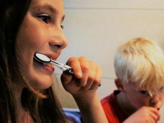 Kind will nicht Zähne putzen Zähne putzen ist ein Muss