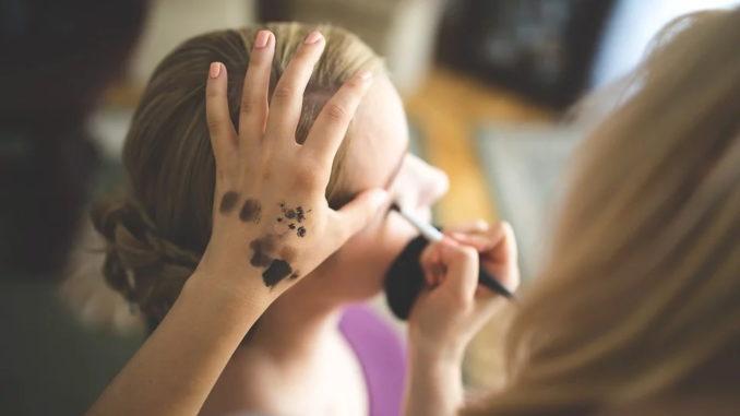 Das erste Mal schminken