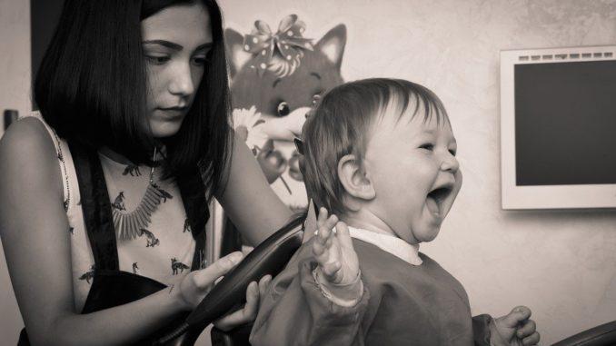 Friseurbesuch mit Kindern