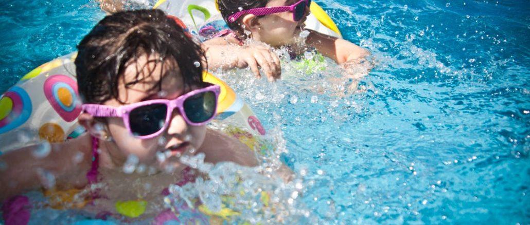 Badespaß im Sommer - welcher Pool ist der richtige für deine Kinder?