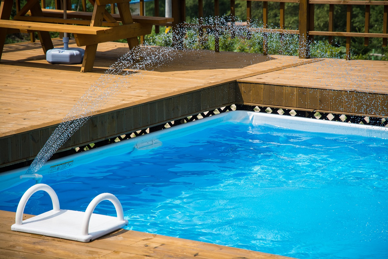 Pool für Kinder sicher machen