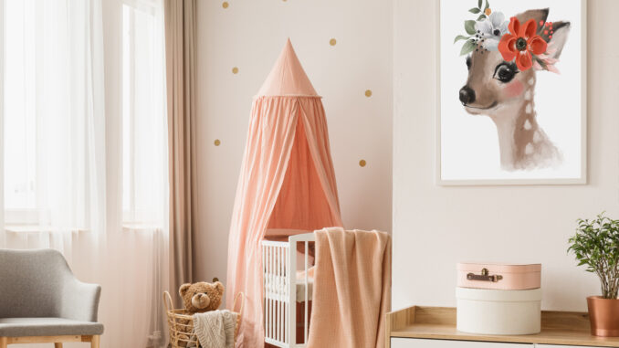 Bild mit Rehlein im Kinderzimmer
