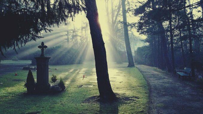 Kinder und Trauer: Wenn Oma oder Opa sterben