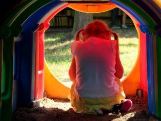 Mit Schulangst von kleinen und großen Kindern umgehen