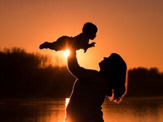 Babytrage Ratgeber: Welches Modell passt zu mir?