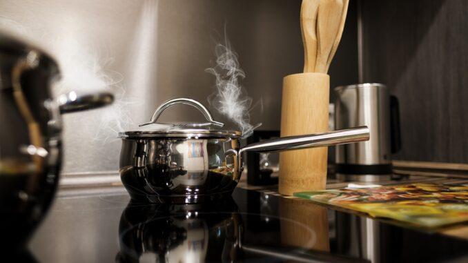 Familienküche: Kochen wie die Profis - aber sicher