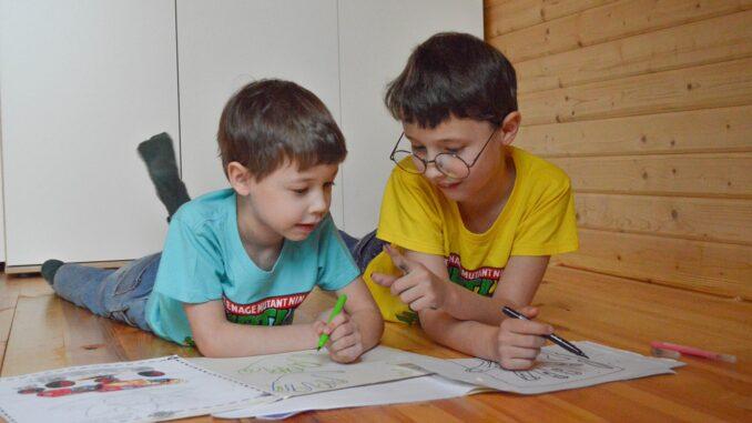 """""""Kunstwerke"""" von Kindern entfernen - Buntstift - Kinderbilder - Filzstift"""