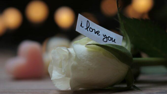 Die besten Valentinstag Ideen für die Partnerin