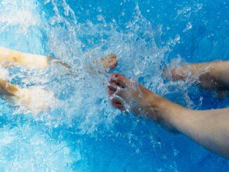 Sommerspaß 2021: Sauberkeit und Pflege für Pool und Planschbecken
