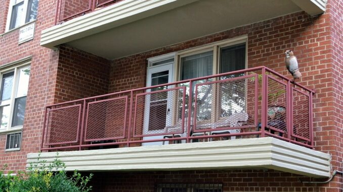 Haus oder Wohnung entrümpeln - eine Belastung für die Familie