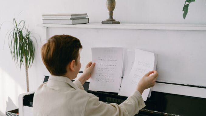 Klavier spielen lernen - so gelingt der Einstieg