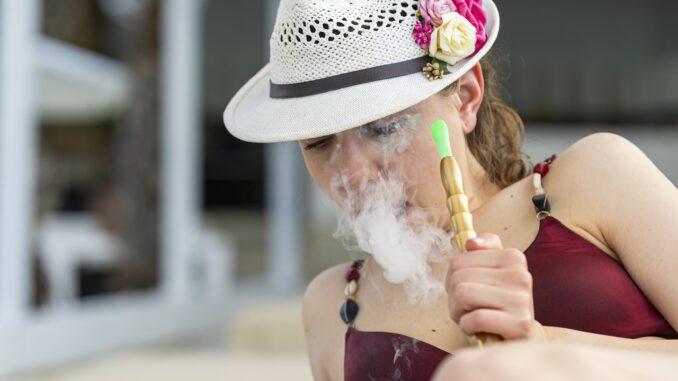 Jugendschutzgesetz: Ab wie viel Jahren darf ich Shisha rauchen?